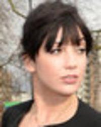 daisy lowe accidentally exposes nipple in epic wardrobe malfunction
