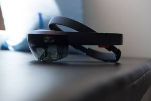 Microsoft's HoloLens successor reportedly arriving in 2019