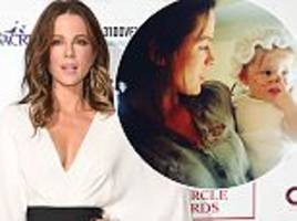 kate beckinsale shares funny throwback of daughter lily