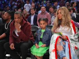 beyoncé & jay z dominate nba all-star night, lebron james blesses young hov