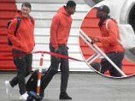 Man United jet out of England ahead of Europa League clash