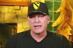 curt schilling initially defends breitbart colleague yiannopoulos, then apologizes after watching video