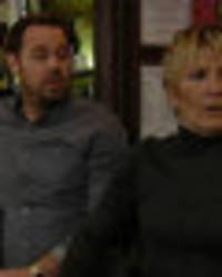 eastenders viewers spot major plot hole as the queen vic falls apart