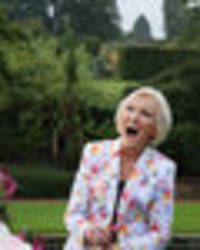 mary berry 'not asked to move to channel 4' in shock gbbo snub