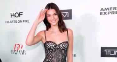 kendall jenner posts a model reunion on her instagram during london fashion week