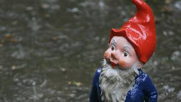 New Zealand garden gnome thefts 'fund meth trade'