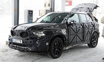 Volvo XC40 Spied Flaunting Swiss Cheese-Like Camouflage