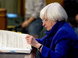 here come the fed minutes ...