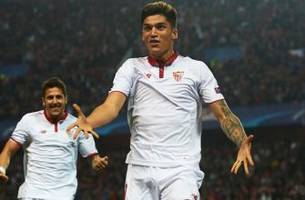 watch: sevilla dominates leicester but settles for 2-1 champions league win