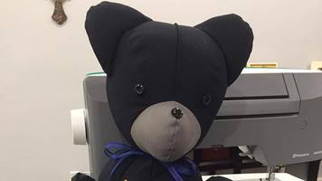 Florida teen makes teddy bears from fallen police officers' uniforms
