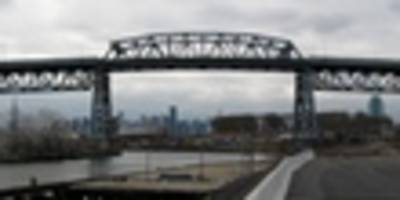 New York Is Blowing The Kosciuszko Bridge Straight To Hell