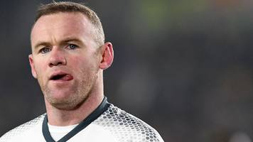 rooney should stay at man utd - phil neville