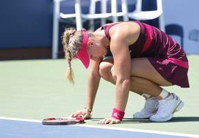 top-seeded kerber reaches quarterfinals in dubai
