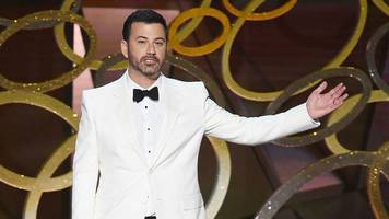 why jimmy kimmel needs to make the oscars political