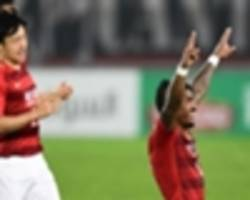 watch: paulinho and alan turn on the flair in guangzhou evergrande rout