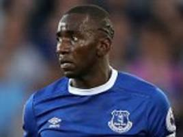 Everton's Yannick Bolasie to have knee operation in March