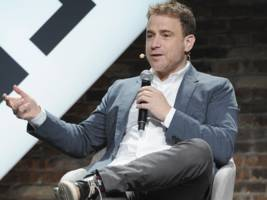Why Slack CEO Stewart Butterfield is staffing up the $3.8 billion company with Intel and Salesforce veterans to fight Microsoft (MSFT)