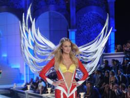 the owner of victoria's secret is plunging after forecasting weaker-than-expected sales (lb)