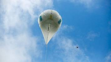 ee's drones, balloons provide cell service in rural uk