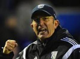 West Brom's Tony Pulis reacts to Claudio Ranieri sacking