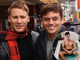 tom daley and dustin lance black are 'good' after scandal