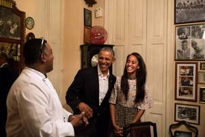 Barack Obama Meets Up With Malia For Dinner (Photos)