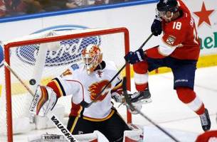 Panthers struggle to solve Chad Johnson in loss to Flames