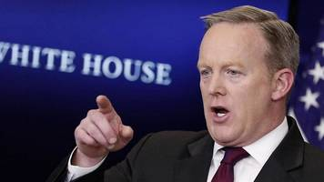 sean spicer challenged about white house media ban
