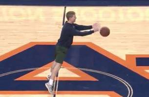 Auburn student hits halfcourt shot granny-style to win $5k in tuition