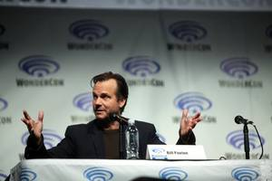 BREAKING NEWS: Aliens and Titanic star Bill Paxton dies at age 61