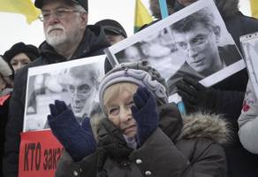 thousands march in moscow two years after killing of opposition leader nemtsov