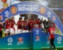 video: amazing footage of man utd's dressing room celebrations at wembley