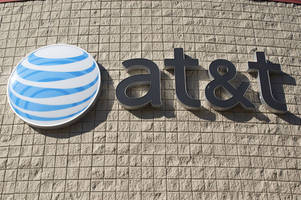 at&t adds tethering to its unlimited data plan, introduces new $60 tier