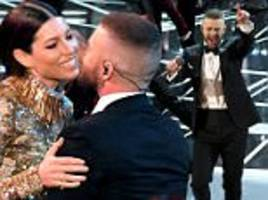 oscars 2017: justin timberlake kicks off show with medley