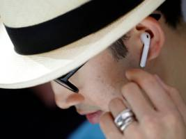 Apple CEO Tim Cook: 'AirPods are becoming quite the cultural phenomenon right now' (AAPL)