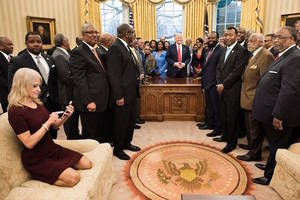 #couchgate solved: second photo reveals what kellyanne conway was really doing