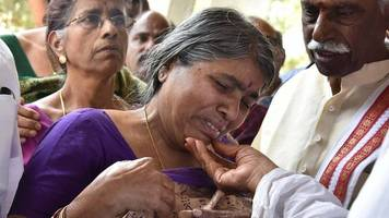 kansas shooting: hundreds attend funeral in india