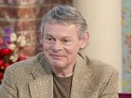 actor martin clunes undergoes secret cosmetic treatment