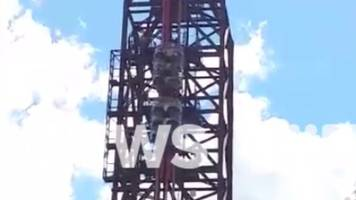 dreamworld: passengers safe after sensor stops ride