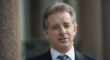 former uk agent breaks silence over trump dossier