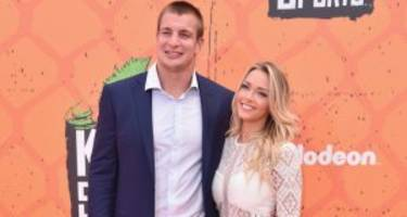 camille kostek, rob gronkowski's girlfriend: hanging on though the party is over!
