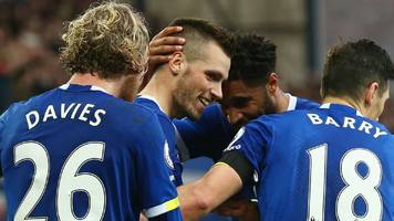 in-form everton ease past west brom