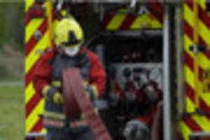 15 firefighters rush to house blaze in lincolnshire