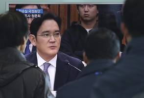 jailed samsung chief may still play a corporate role