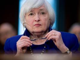here comes the fed statement ...