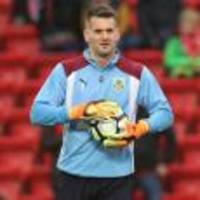 tom heaton sees england going from strength to strength