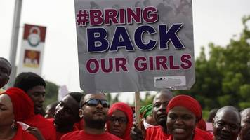 don't forget us, chibok schoolgirl tells conference