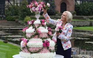 mary berry to launch new cakes with finsbury food group
