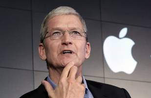 Apple CEO Tim Cook defended globalisation with an implicit attack on the Trump agenda