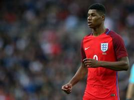 marcus rashford shared a motivational euro 2016 wayne rooney story as he helped launch england's new kit